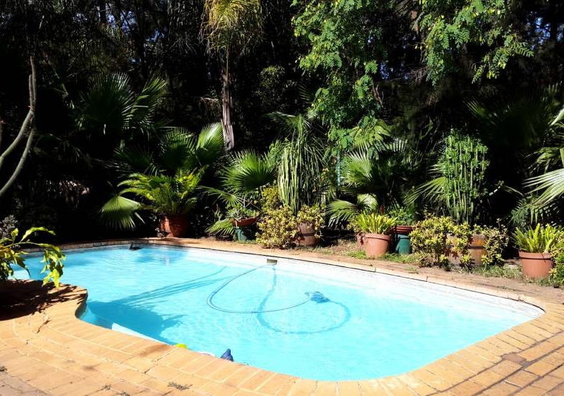 Accommodation in Pretoria Swimming pool